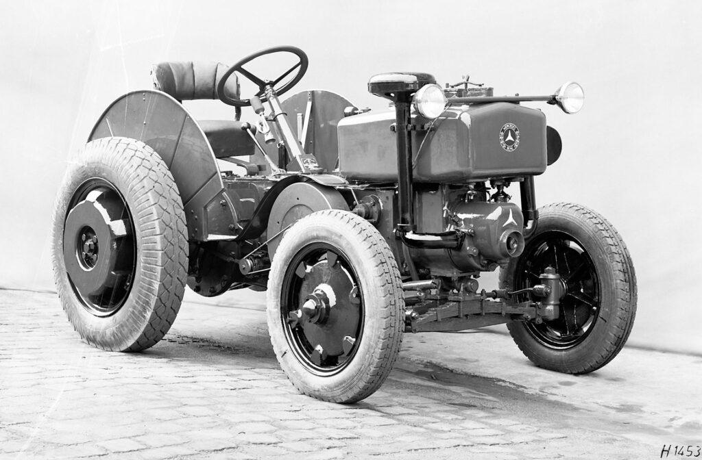 Трактор Mercedes: універсальний польовий та дорожній агрегат