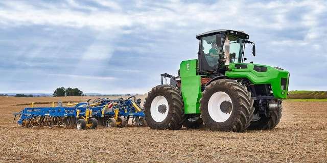 Литовці представили 400-сильний гібридний трактор